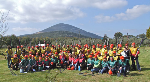 Participants in the Italian national pruning competition